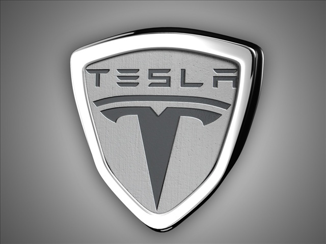 Investors sue Tesla over car safety